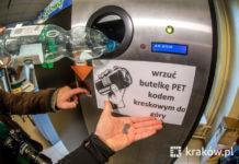 Pierwszy automat do recyklingu plastikowych butelek