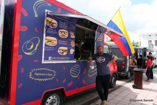 jedzonko 19 630x420 - Festiwal smaków na rynku w Sanoku
