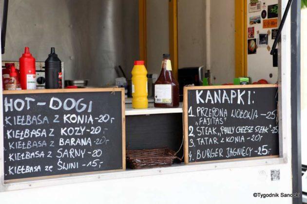 jedzonko 30 630x420 - Festiwal smaków na rynku w Sanoku