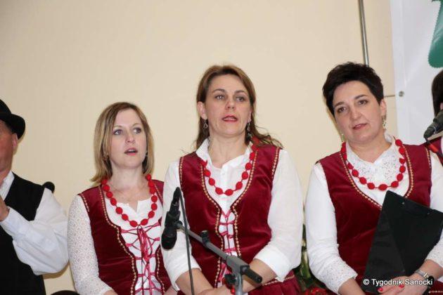 kgw 10 630x420 - Strażniczki tradycji - 95 lat Koła Gospodyń Wiejskich w Niebieszczanach