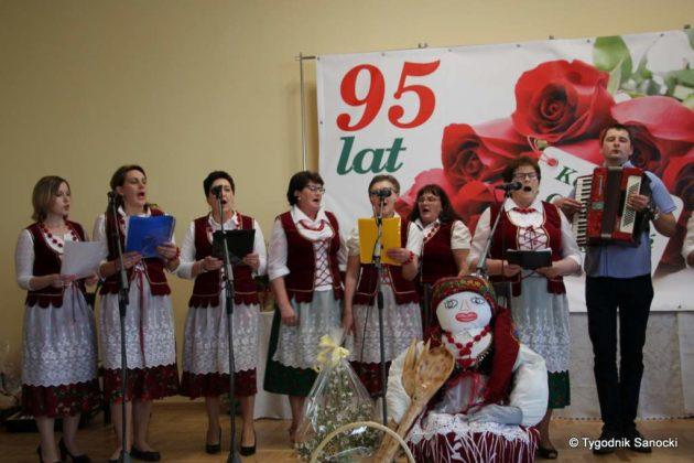 kgw 13 630x420 - Strażniczki tradycji - 95 lat Koła Gospodyń Wiejskich w Niebieszczanach