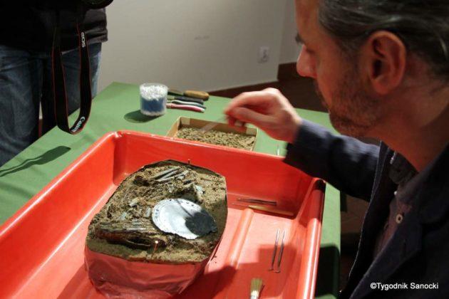 skarb 15 630x420 - Skarb sprzed 3000 lat, znaleziony pod Sanokiem