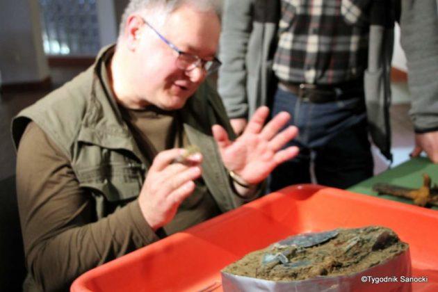skarb 22 630x420 - Skarb sprzed 3000 lat, znaleziony pod Sanokiem
