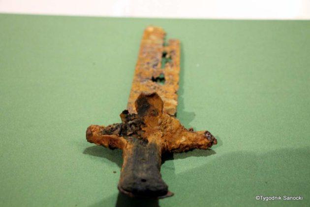 skarb 5 630x420 - Skarb sprzed 3000 lat, znaleziony pod Sanokiem