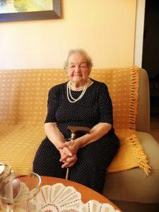 yczenia z okazji 100. urodzin 4 225x300 - Życzenia z okazji 100. urodzin