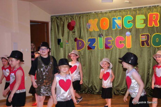 IMG 4920 630x420 - Dzieci rodzicom - wspaniały koncert w Gagatku