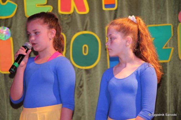 IMG 4937 630x420 - Dzieci rodzicom - wspaniały koncert w Gagatku