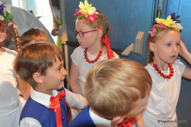 IX Przegląd Dziecięcych Zespołów Ludowych Ziemi Sanockiej 18 629x420 - IX Przegląd Dziecięcych Zespołów Ludowych Ziemi Sanockiej