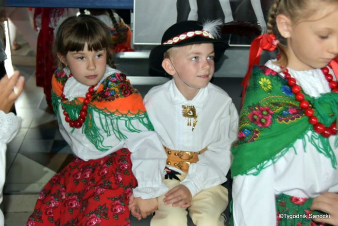 IX Przegląd Dziecięcych Zespołów Ludowych Ziemi Sanockiej