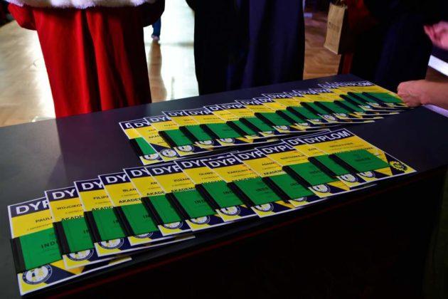 Mali studenci zakończyli rok akademicki 9 630x420 - Mali studenci zakończyli rok akademicki