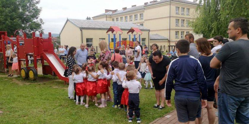 Udany Rodzinny Piknik w przedszkolu nr 1 4 840x420 - Udany Rodzinny Piknik w przedszkolu nr 1