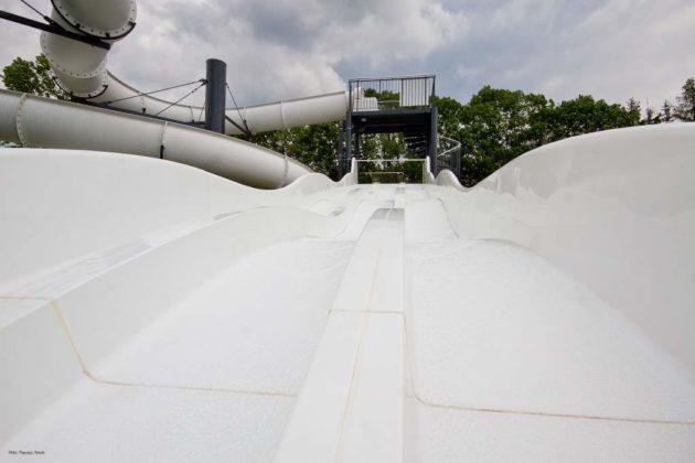 basen zewnętrzny Sanok 18 630x420 - Otwarcie basenów zewnętrznych 19 czerwca, zobaczmy jak wyglądają!