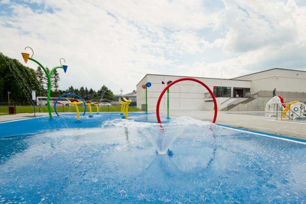 basen zewnętrzny Sanok 19 630x420 - Otwarcie basenów zewnętrznych 19 czerwca, zobaczmy jak wyglądają!