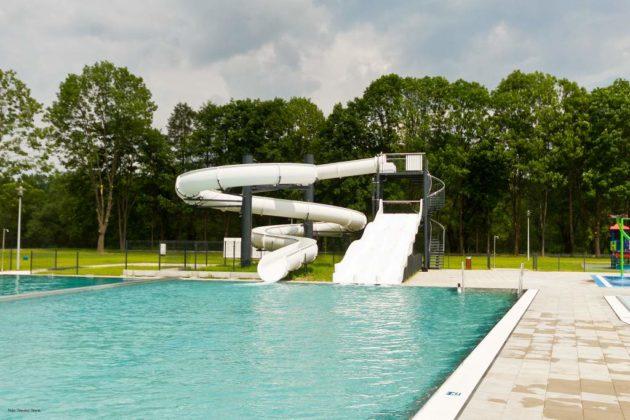 basen zewnętrzny Sanok 23 630x420 - Otwarcie basenów zewnętrznych 19 czerwca, zobaczmy jak wyglądają!