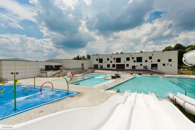 basen zewnętrzny Sanok 25 630x420 - Otwarcie basenów zewnętrznych 19 czerwca, zobaczmy jak wyglądają!