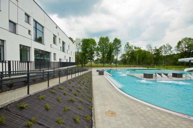 basen zewnętrzny Sanok 41 630x420 - Otwarcie basenów zewnętrznych 19 czerwca, zobaczmy jak wyglądają!