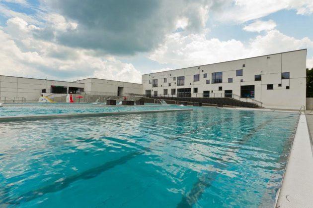 basen zewnętrzny Sanok 45 630x420 - Otwarcie basenów zewnętrznych 19 czerwca, zobaczmy jak wyglądają!