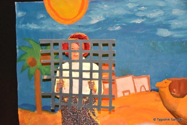 bwa wakacje 19 629x420 - W galerii BWA odbyły się warsztaty teatralno – plastyczne dla dzieci