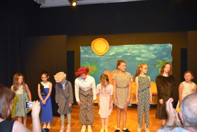 bwa wakacje 26 629x420 - W galerii BWA odbyły się warsztaty teatralno – plastyczne dla dzieci