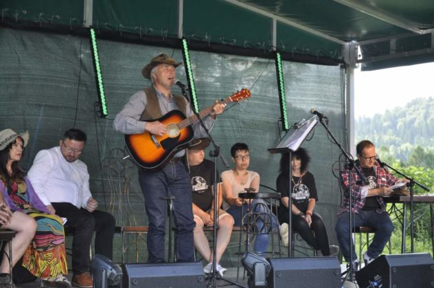 o kapelusz Chmiela festiwal 30 632x420 - Kalnica pełna bluesa i poezji śpiewanej