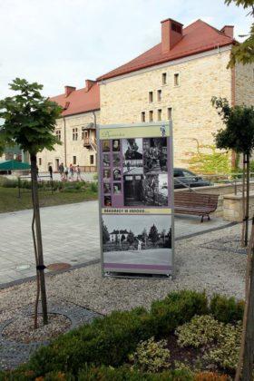 rok Beksińskiego 7 280x420 - Rok Beksińskiego - zaproszenie na zamek