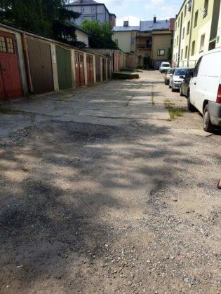 wizja w terenie Sanok 1 315x420 - Miasto remontuje drogi