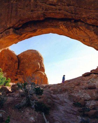 Arches National Park Utah 336x420 - Jagoda Kubalski. Umieraj zewspomnieniami, aniemarzeniami