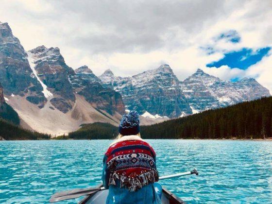 Lake Moraine Banff National Park Kanada 560x420 - Jagoda Kubalski. Umieraj zewspomnieniami, aniemarzeniami