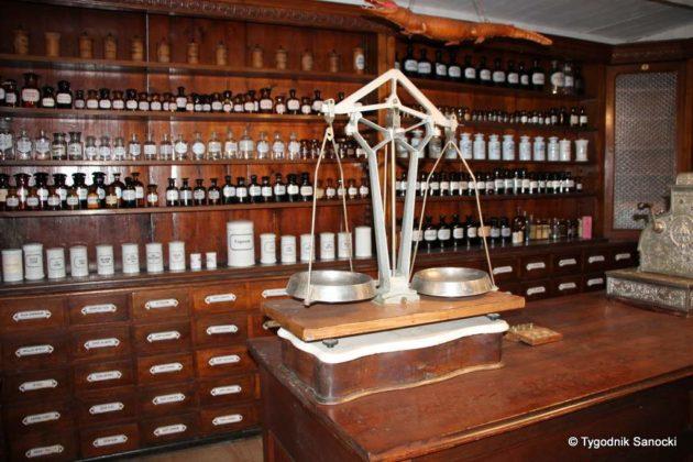 W krainie medykamentów i trucizn