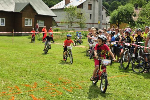 maraton rowerowy 6 631x420 - Święto cyklistów w Komańczy
