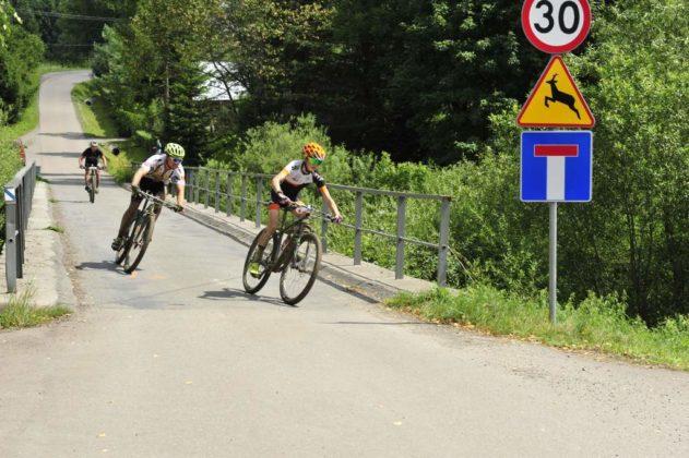 maraton rowerowy 8 631x420 - Święto cyklistów w Komańczy