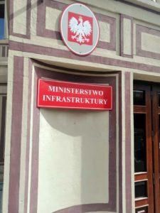 ministreswo infrastruktury 225x300 - Sanok będzie miał największe od wielu lat dofinansowanie