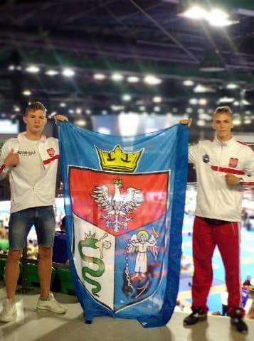 mistrzostwa świata - Adam Tutak i Miłosz Baran zawodnicy Klubu Samuraj Trans - San Sanok półfinalistami Mistrzostw Europy w Kickboxingu