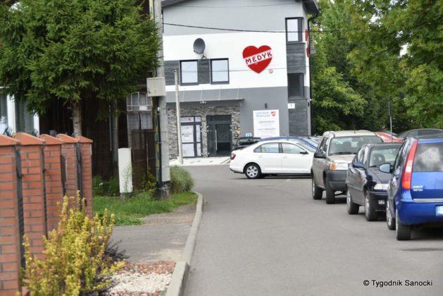 parking lipiśkiego 4 629x420 - D-40. Parkowanie pod Przychodnią Zdrowia przy ul. Lipińskiego