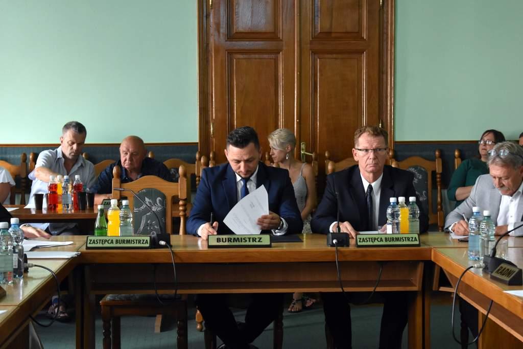 sesja - Radni pozytywnie zaopiniowali skład Rady Sanockiej Fundacji Rozwoju Sportu