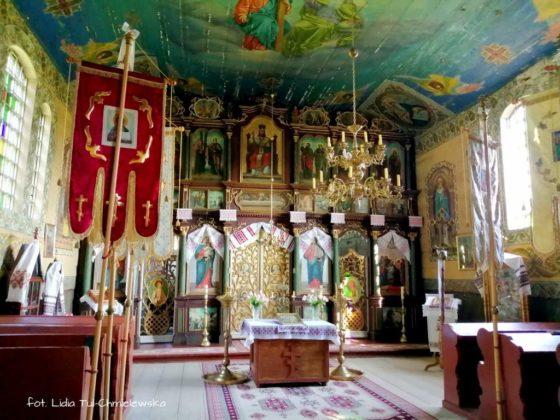 Szczawne cerkiew bez elektryczności 32 560x420 - Szczawne - cerkiew bez elektryczności