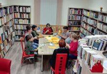 Bibułkarstwo- warsztaty w Bibliotece Gminnej w Pisarowcach