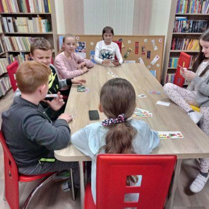 więto bibliotek i czytania w Pisarowcach 13 420x420 - Święto bibliotek i czytania w Pisarowcach