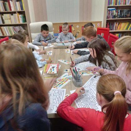 więto bibliotek i czytania w Pisarowcach 2 420x420 - Święto bibliotek i czytania w Pisarowcach
