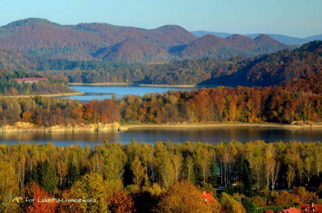 Punkt widokowy w Polańczyku 634x420 - Jesień w Bieszczadach - fotogaleria