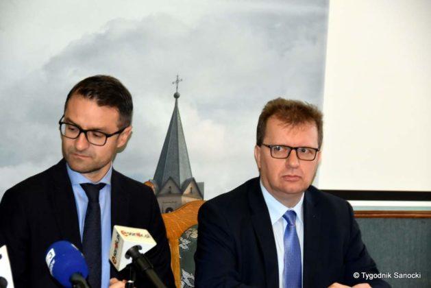 konferencja 5 629x420 - Ponad 8 milionów złotych dla Sanoka