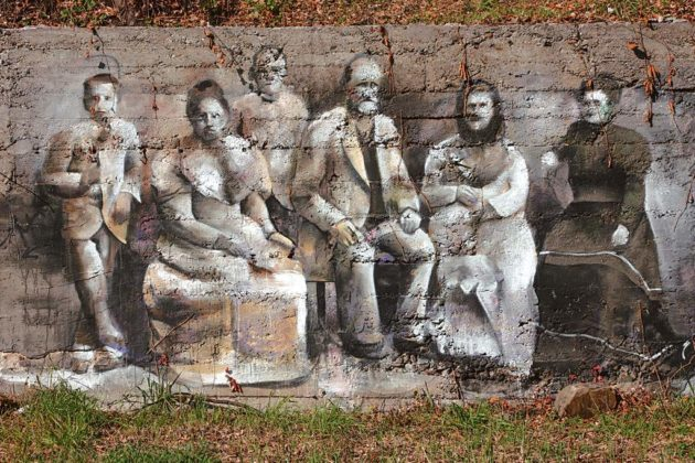 murale Andrejkow 1 630x420 - Ślady historii na muralach