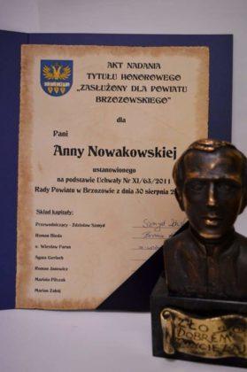 nagroda dla Sanitas 10 279x420 - Działania Sanitas docenione przez włodarzy Powiatu Brzozowskiego