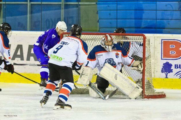 Foto Tomasz SowaIMG 3335 630x420 - Zwycięski dublet Niedźwiadków po bardzo zaciętych meczach