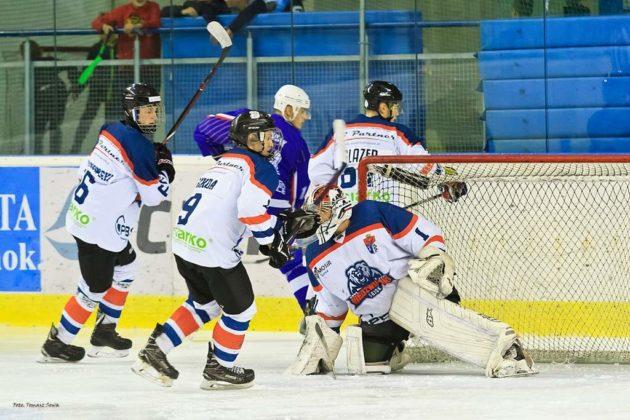 Foto Tomasz SowaIMG 3336 630x420 - Zwycięski dublet Niedźwiadków po bardzo zaciętych meczach