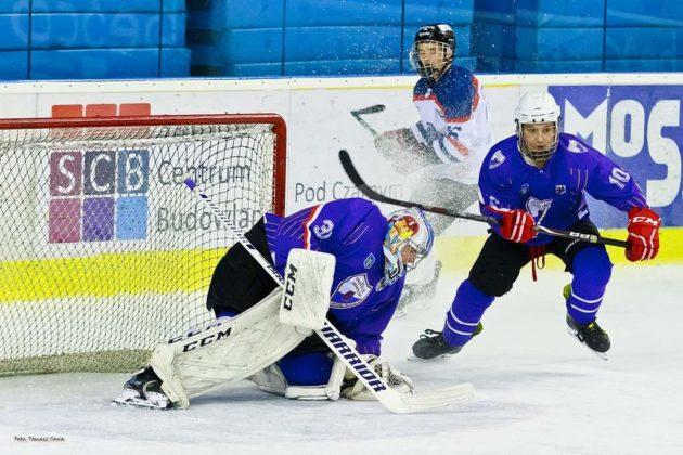 Foto Tomasz SowaIMG 3562 630x420 - Zwycięski dublet Niedźwiadków po bardzo zaciętych meczach