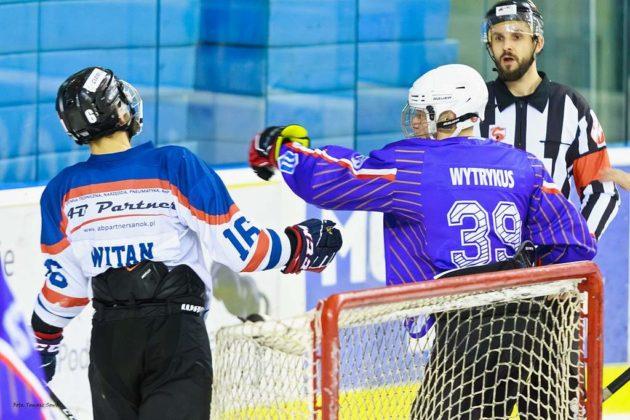 Foto Tomasz SowaIMG 3603 630x420 - Zwycięski dublet Niedźwiadków po bardzo zaciętych meczach