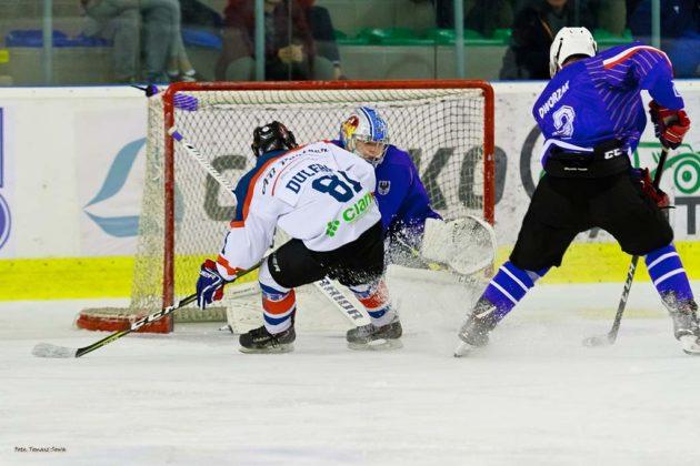 Foto Tomasz SowaIMG 3645 630x420 - Zwycięski dublet Niedźwiadków po bardzo zaciętych meczach