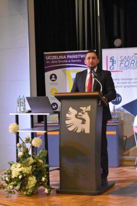 I sanockie forum gospodarcze 6 281x420 - ISanockie Forum Gospodarcze - wyróżnienia