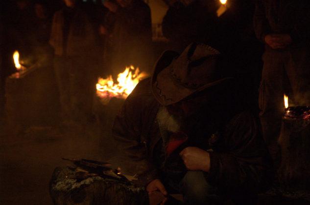 Marian Galant 633x420 - Kapliczka pamięci w Cisnej rozjaśniała w blasku płomieni zniczy